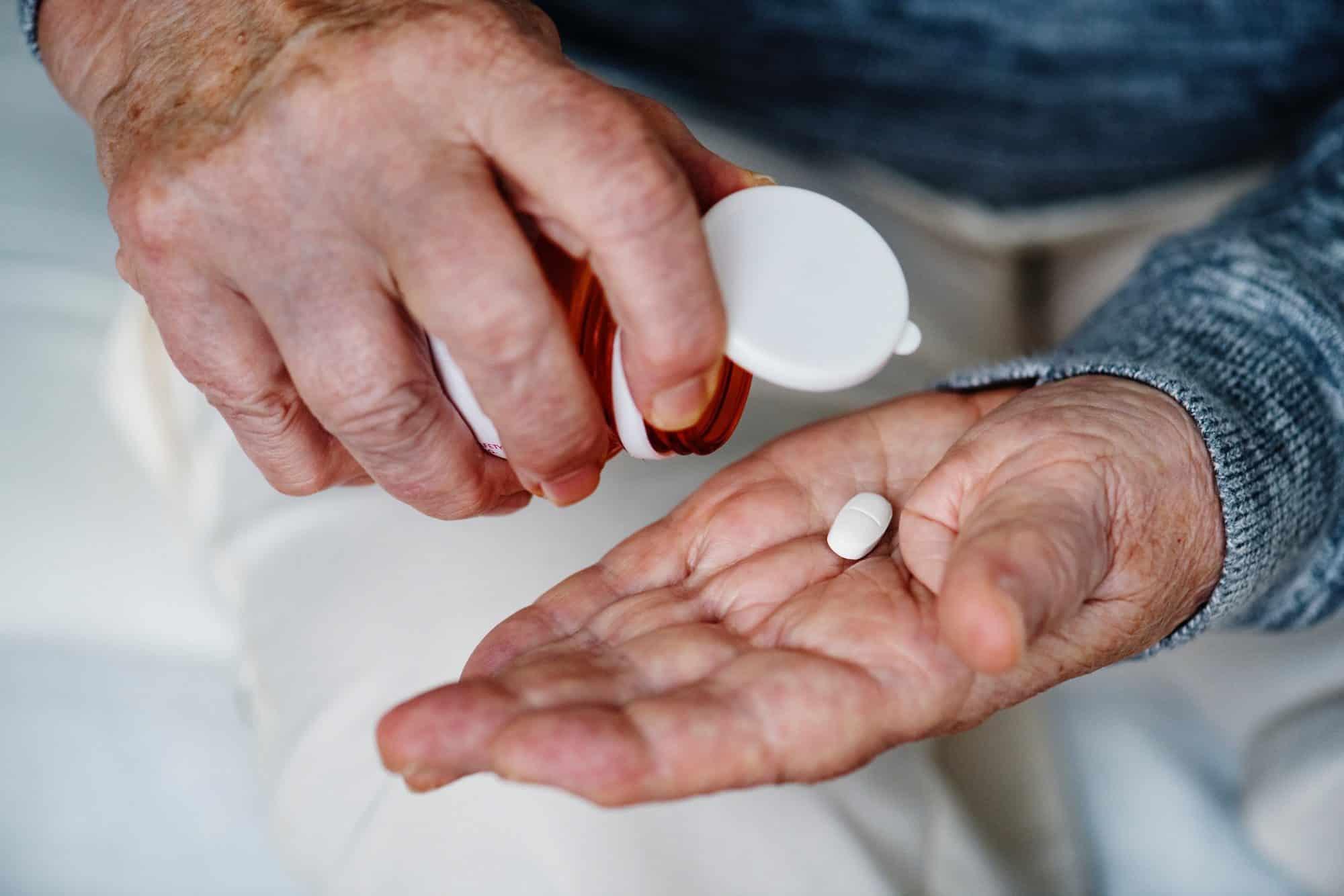 vicodin pain killer opiate