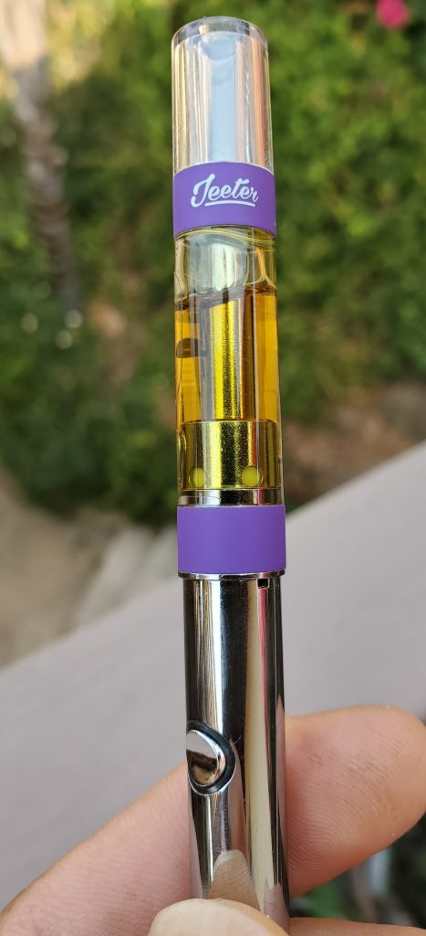 jeeter juice cartridge close up
