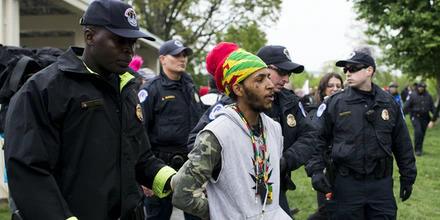 Rastafarian_arrest