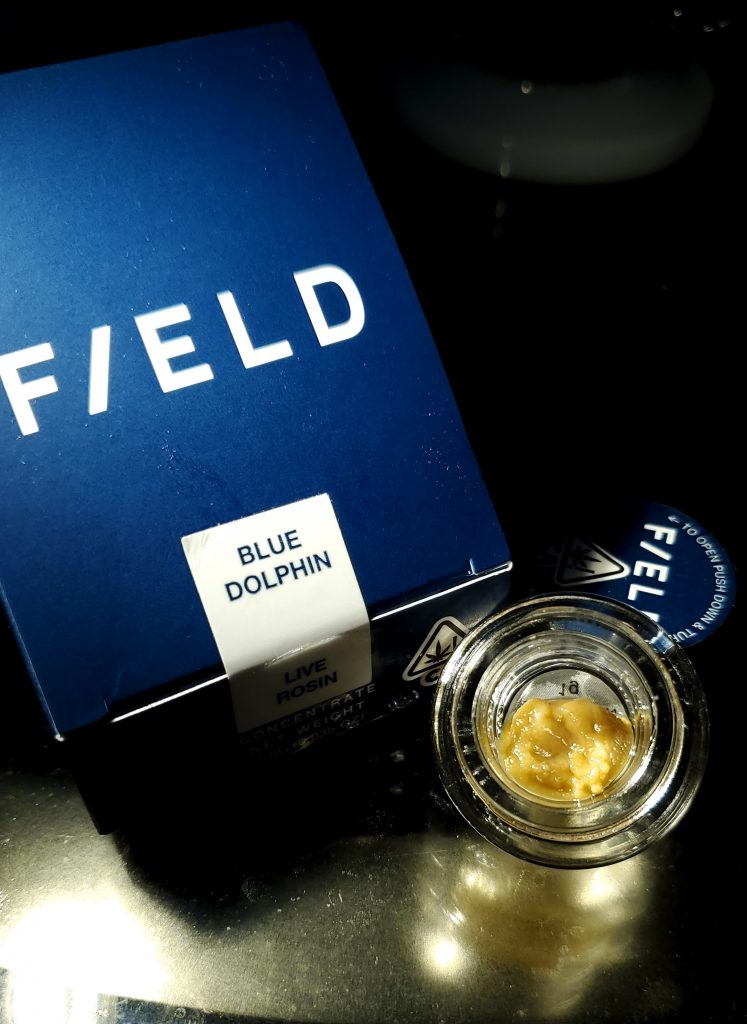 field extracts blue dolphin box